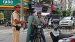 CSGT Hà Nội ra tay xử 'xe xác ướp' chở tôn