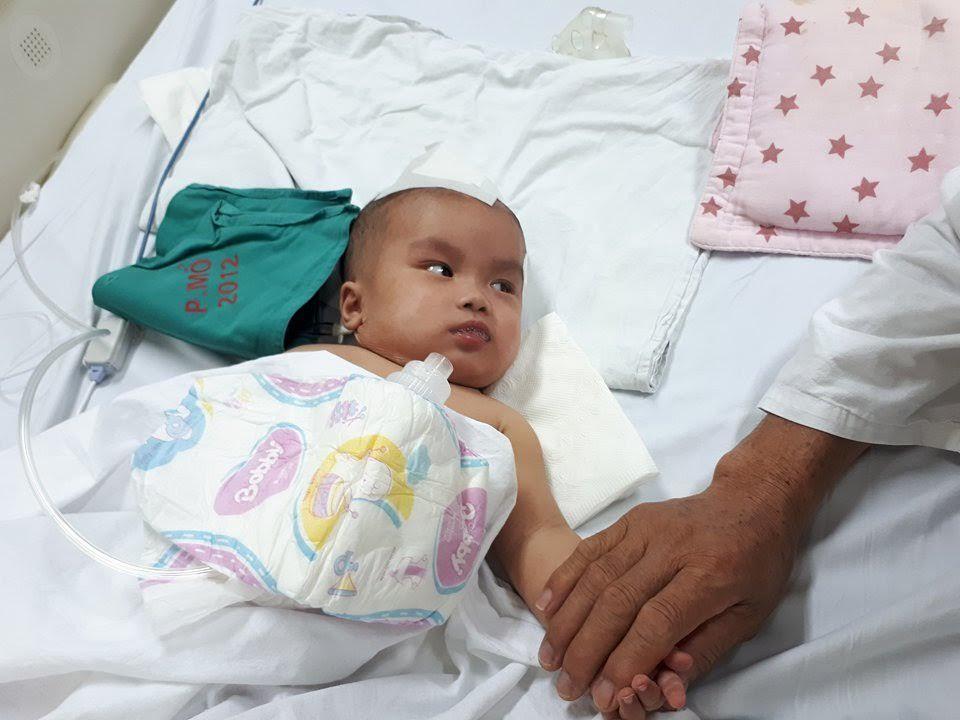 Hơn 50 triệu bạn đọc VietNamNet giúp bé Hà Thái An chấn thương sọ não