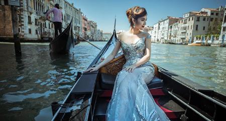 Kiều nữ The Face thả dáng mỹ miều trên sông nước Venice