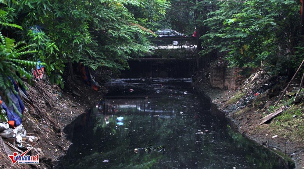 Những con sông chết đen quánh ở Hà Nội trước giờ hồi sinh
