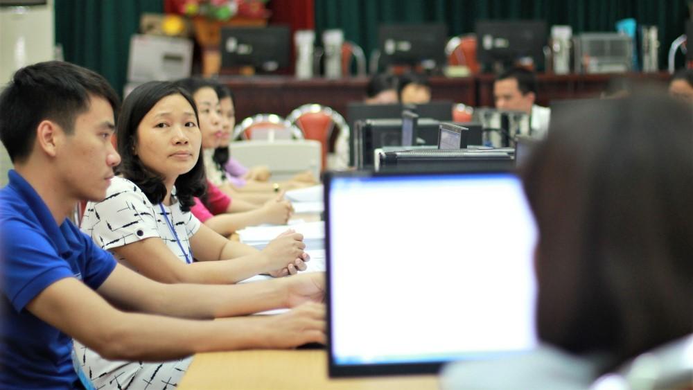 Bên trong phòng chấm thi THPT quốc gia 2017