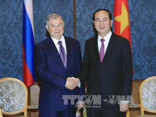 Chủ tịch nước thăm thành phố Saint Petersburg