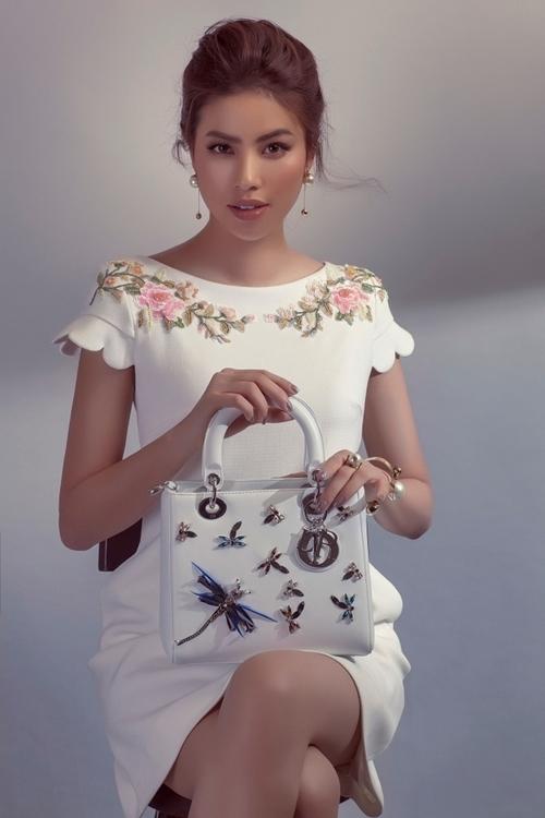 Phạm Hương đẹp xuất thần