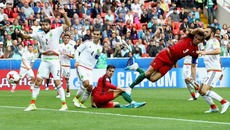 Video bàn thắng Bồ Đào Nha 2-1 Mexico
