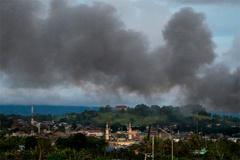 Quân đội Philippines lỡ hẹn, chiến sự Marawi càng khốc liệt
