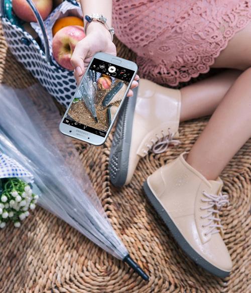Galaxy A5 Xanh Pastel 'đốn tim' tín đồ công nghệ