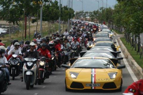Đại gia Việt giàu siêu tốc từ đất nên chơi hoang