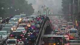 Tắc đường 'đốt' của HN gần 13 nghìn tỷ mỗi năm