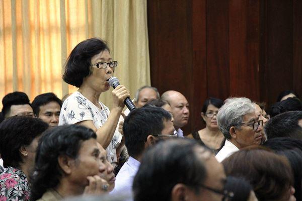 Ông Đoàn Ngọc Hải đối thoại với dân về quy hoạch treo 16 năm