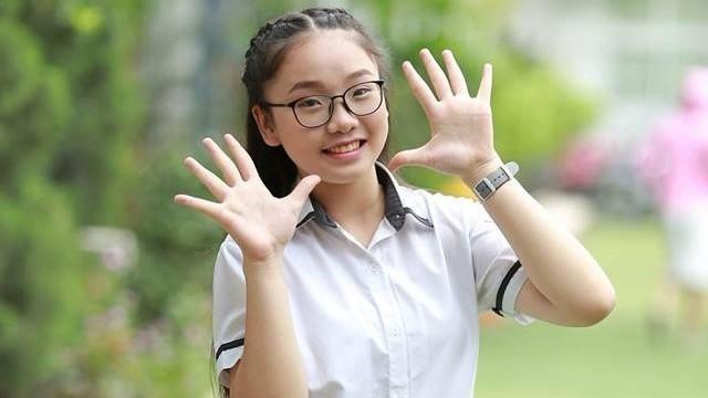 Nữ sinh Hà Nội trúng tuyển lớp Toán của 3 trường chuyên