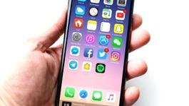 10 dự đoán gây sốc về iPhone 8: Màn OLED, bỏ cảm biến vân tay