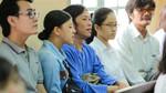 Hoài Linh đến tòa ủng hộ tinh thần Ngọc Trinh kiện nhà hát kịch
