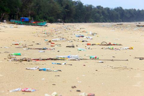 biển Cô tô ngập rác