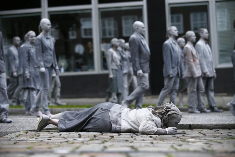 Biểu tình 'xác sống' trước thềm G20
