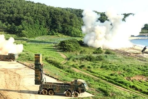 Hàn Quốc tập trận tấn công phủ đầu
