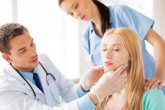 Tổng hợp 5 phương pháp điều trị ung thư vòm họng