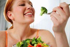 Bị ung thư vòm họng cần ăn kiêng gì?
