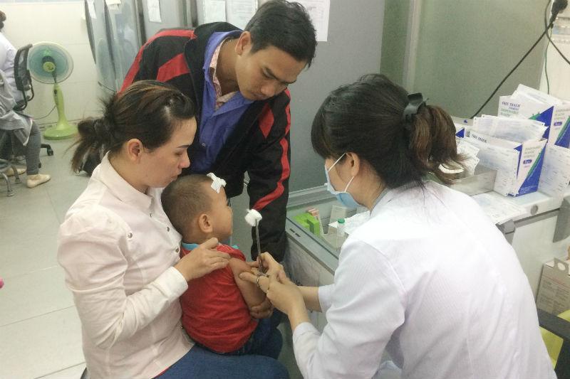bệnh viện nhi đồng 1, vắc xin, viêm não Nhật Bản, chích ngừa
