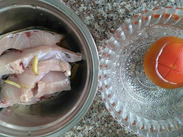 Cách nấu canh cá thơm ngon, không bị tanh với cà chua