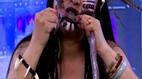 Ăn rắn sống trên truyền hình trực tiếp, người phụ nữ gây khiếp sợ
