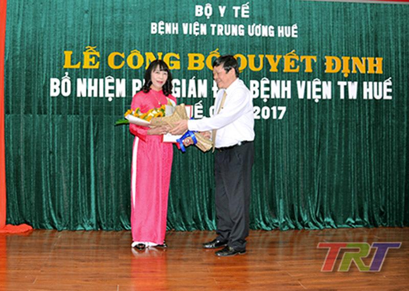 bổ nhiệm, nhân sự, Bộ trưởng Nguyễn Thị Kim Tiến, Bệnh viện TƯ Huế