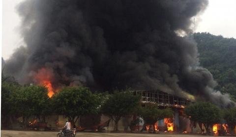 cháy chợ Tân Thanh