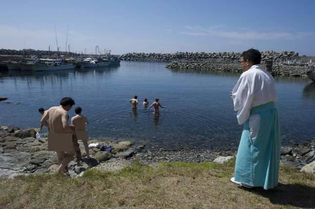 Bí ẩn hòn đảo không cho phép phụ nữ tới thăm
