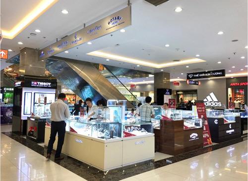 Đồng hồ Thụy Sĩ giảm giá cực sâu ở Việt Nam
