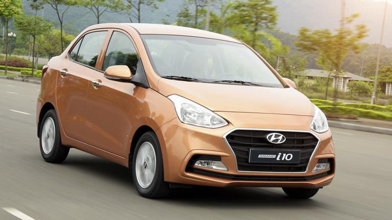 Ôtô dìm nhau: Hyundai Grand i10 ra hàng, Kia Moring liền giảm giá
