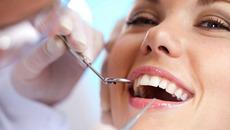 Răng thẩm mỹ - tại sao miệng lại hôi?