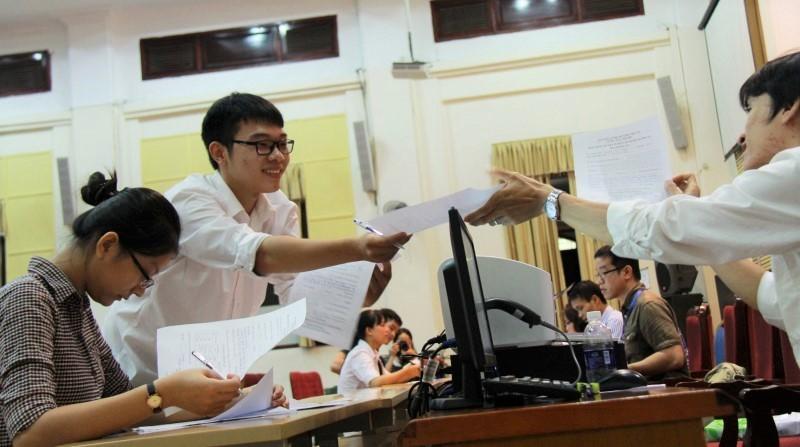 Trường đại học cấp học bổng toàn phần cho thí sinh từ 22 điểm trở lên