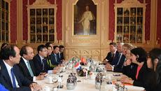 Thủ tướng gặp Chủ tịch Thượng viện, Hạ viện Hà Lan
