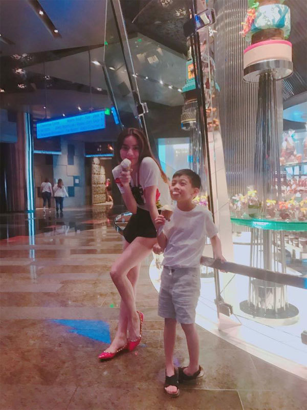 Sao Việt, theo chân Sao Việt, Hồ Ngọc Hà