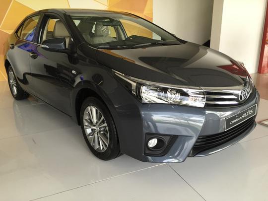 Toyota tiếp tục 'đại hạ giá' xe lần 2 trong tháng