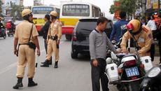 Gần 1,3 triệu chủ xe sắp bị xử phạt vì lái xe không có giấy tờ gốc