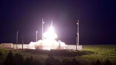 Xem THAAD của Mỹ bắn hạ tên lửa đạn đạo