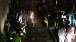 2 thi thể bên đường ven Sài Gòn, nghi bị cướp đâm chết