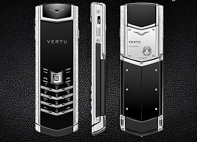Chiếc điện thoại đắt nhất Việt Nam giá 1,9 tỷ đồng