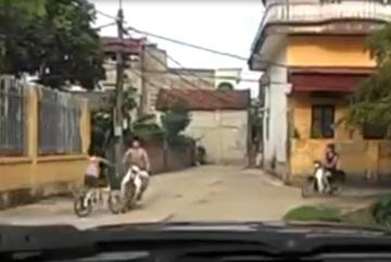 Hãy dạy trẻ em cách ra đường an toàn