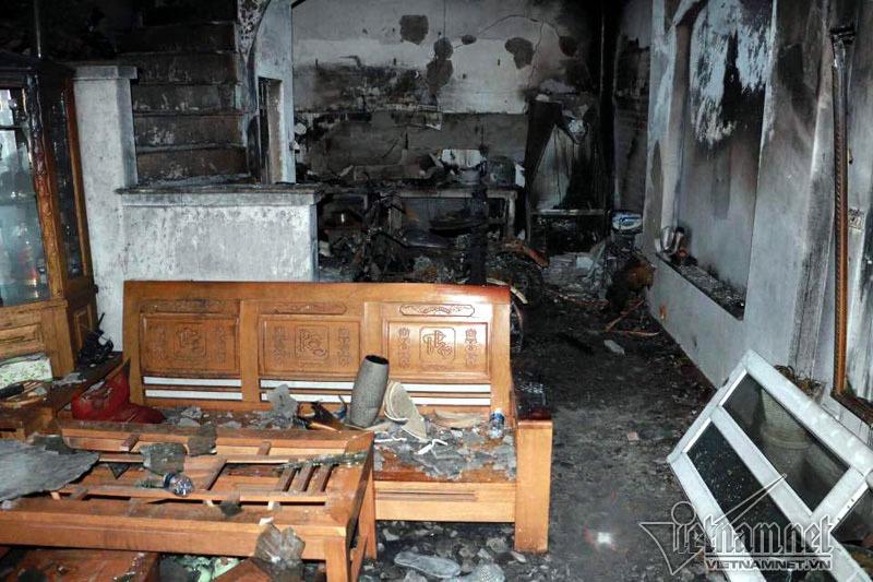 Cháy nhà 4 người chết: Lời kể của hàng xóm