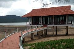 Sẽ cưỡng chế công trình trái phép trên vịnh Bái Tử Long