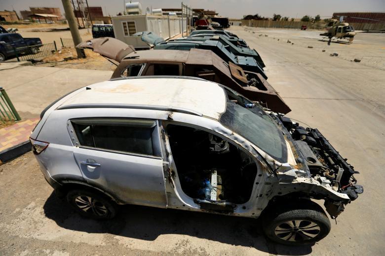 Tận thấy những cỗ máy đánh bom liều chết của IS