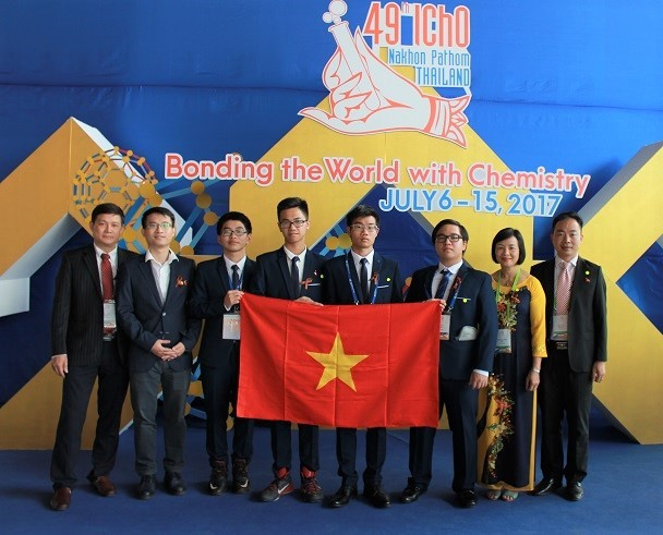 Việt Nam giành 3 huy chương Vàng Olympic Hóa học quốc tế