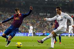 "Pique bất ngờ ""tặng"" QBV cho Ronaldo, Real đón sao trẻ"