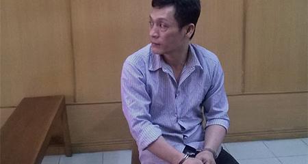 Kẻ trốn nã 21 năm bị bắt trong ngày xuất cảnh định cư