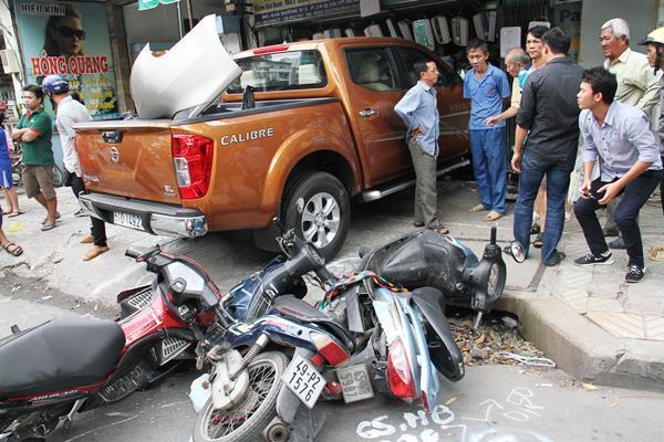 tai nạn, xe điên, tai nạn giao thông, Sài Gòn