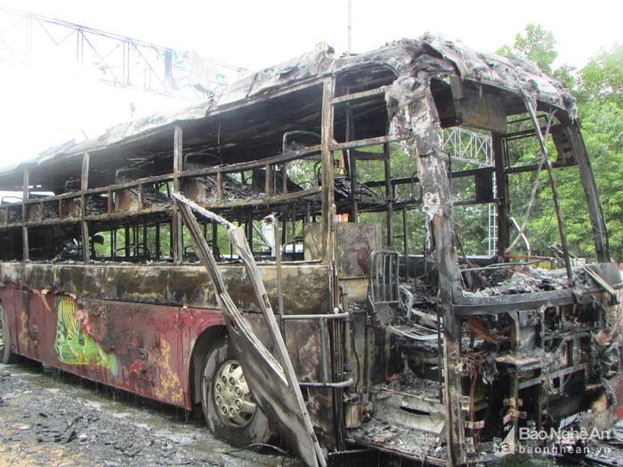 xe khách, xe giường nằm, tai nạn, tai nạn giao thông, Nghệ An