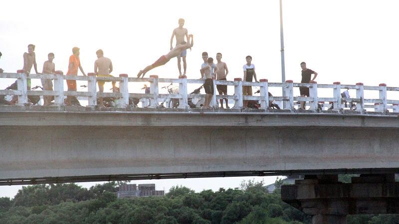 nhảy cầu,tắm sông,đuối nước,Hà Tĩnh