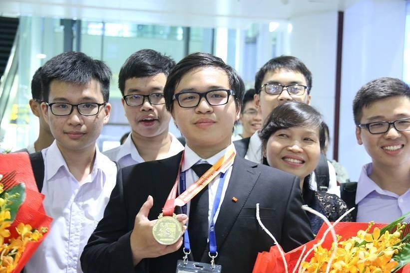 Olympic Hoá học quốc tế, Trường Chuyên Khoa học Tự nhiên, học sinh giỏi