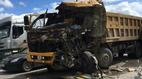 Hai xe tải tông trực diện, tài xế tử vong trong cabin